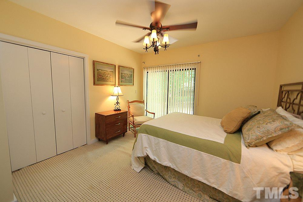 Guest bedroom in basement that could also be used as office
