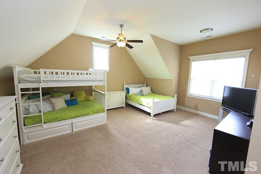 LARGE BONUS room! Currently used as a bedroom but could be a great play room or 6th bedroom.