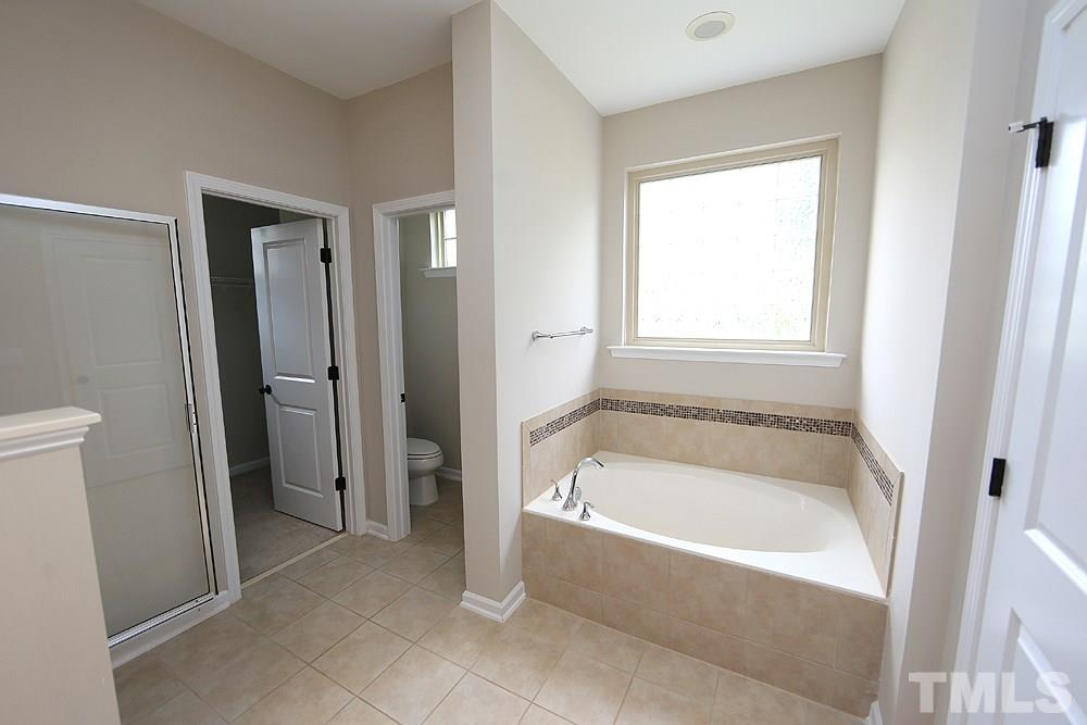 Garden Tub, Separate Shower, private water closet