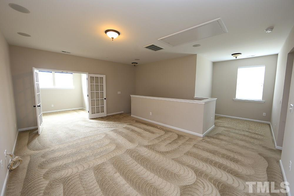 Both rooms have Carpet & crown molding