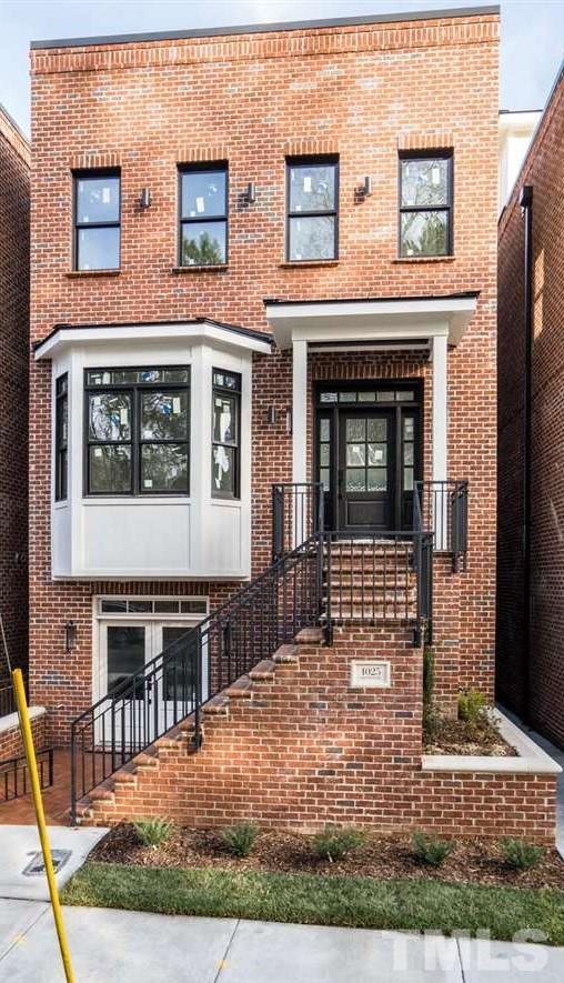 1025 S Duke Street