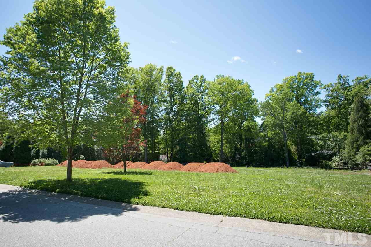 Fall in love with the landscape. This nearly flat lot will have open views to a backyard drenched with sunshine and protected by a line of trees.