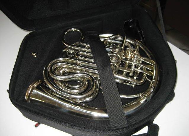 1970 vintage alexander 103nal double french horn philadelphia pennsylvania musical instruments. Black Bedroom Furniture Sets. Home Design Ideas