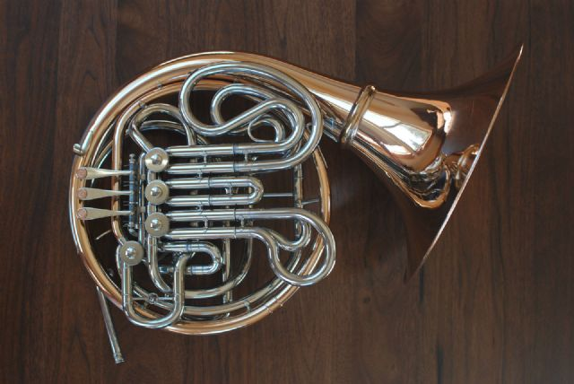 holton h105 professional double french horn atlanta georgia musical instruments for sale. Black Bedroom Furniture Sets. Home Design Ideas