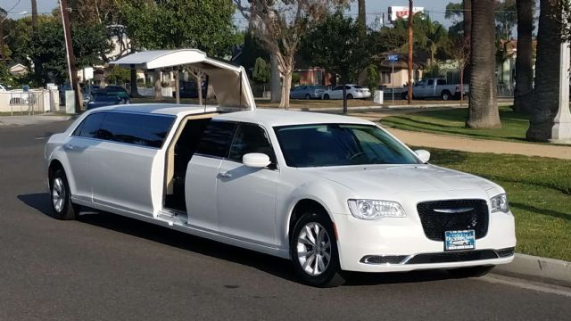2015 Chrysler 300 Limo With Jet Door For Sale 125 Los Angeles