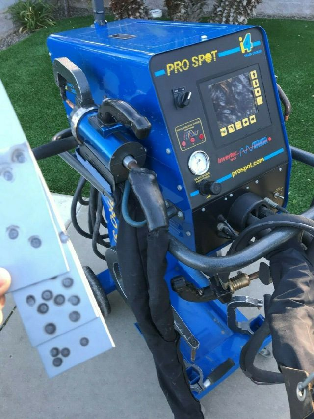 Pro Spot i4 Spot Welder LOS ANGELES CALIFORNIA Tools For