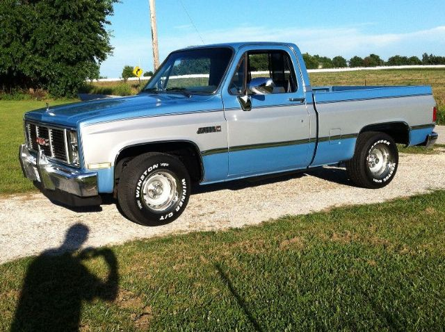 1985 gmc sierra short bed columbus ohio pickup trucks vehicles for sale classified ads. Black Bedroom Furniture Sets. Home Design Ideas