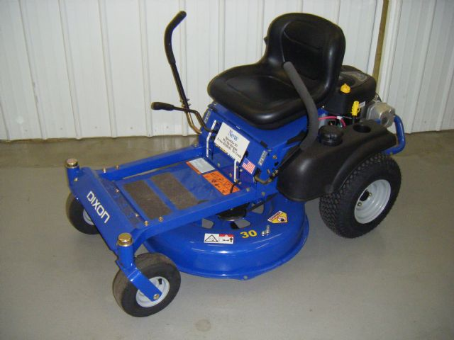 Country Clipper Zero Turn Mowers With Flip Up Deck Sioux