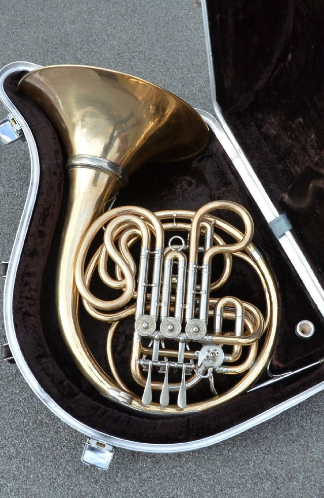 1930 alexander mainz model 103 double french horn brooklyn new york musical instruments for sale. Black Bedroom Furniture Sets. Home Design Ideas