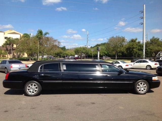 2006 Lincoln Town Car Limousine Black Tampa Florida
