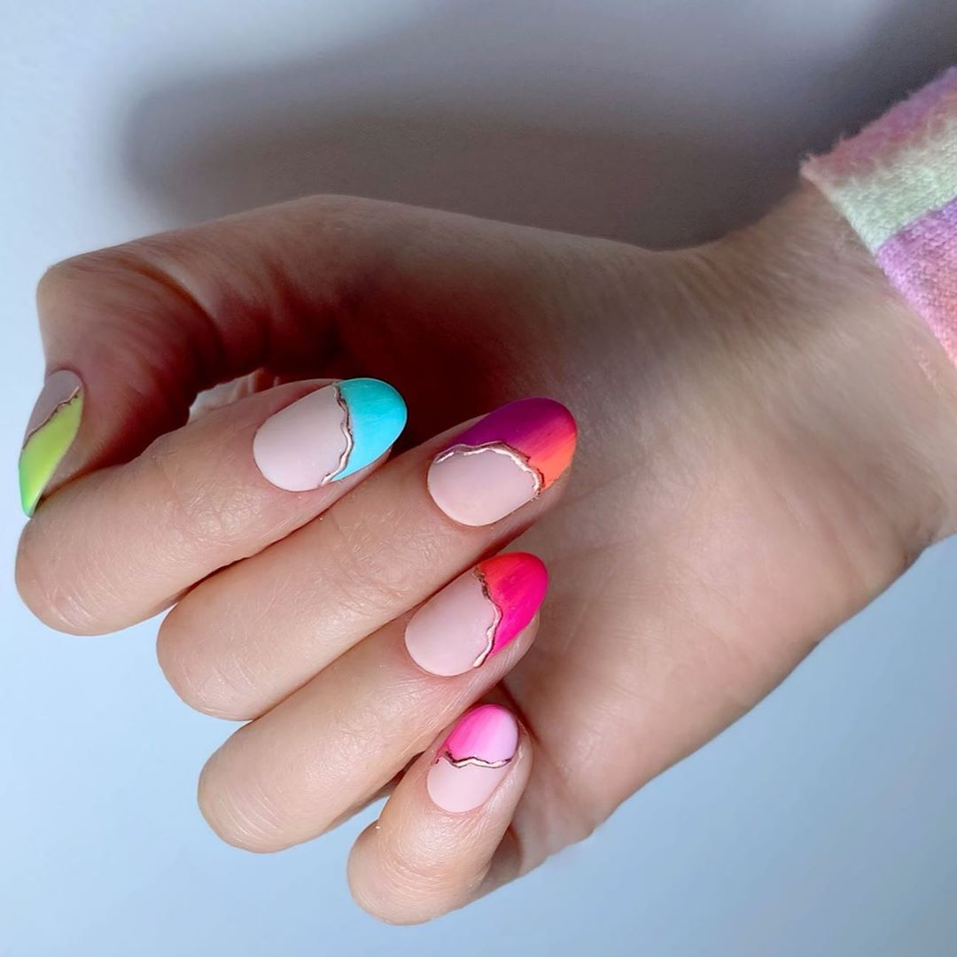 nailart-arcoiris-2