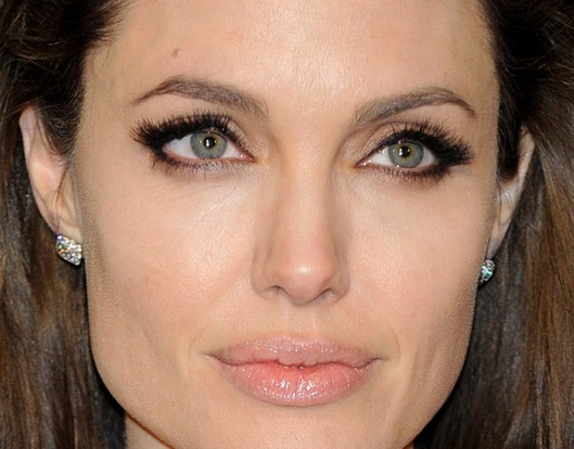 Angelina Jolie maquiagem