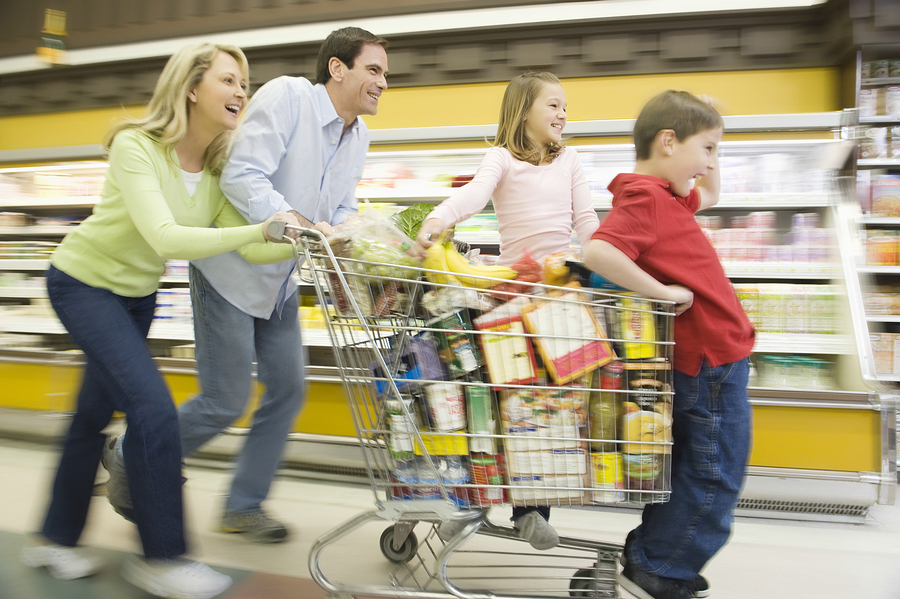 Four simple tips for stress free grocery shopping experiences