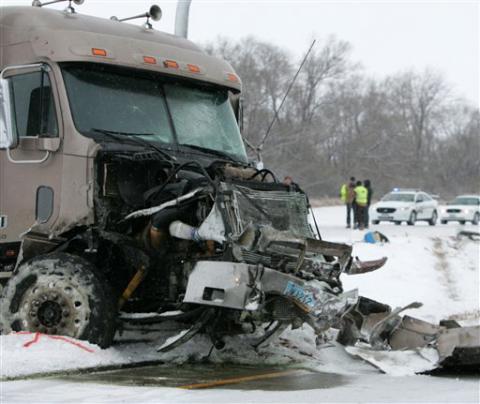 six men killed in crash on north dakota highway ems world. Black Bedroom Furniture Sets. Home Design Ideas