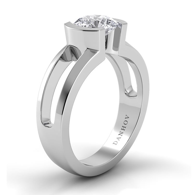 Danhov Voltaggio Engagement Ring V112 product image