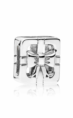Pandora Reflexions™ Sweet Gift Box Clip Charm 797538 product image