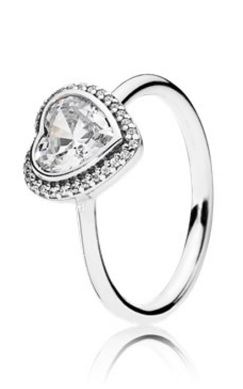 c99c57258 PANDORA Sparkling Love Heart Ring Clear CZ 190929CZ-48 product image