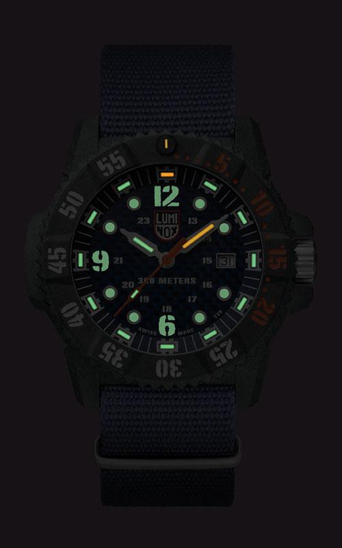 Luminox Master Carbon SEAL XS.3803.C 3
