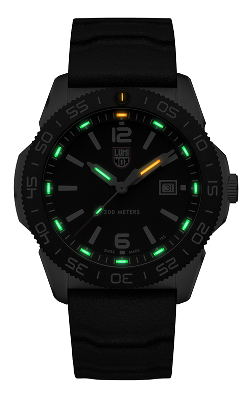 Luminox Pacific Diver 3120 Series XS.3121 2