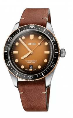 Divers Sixty-Five's image