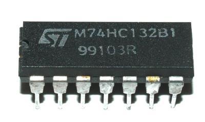 STMicroelectronics M74HC132B1