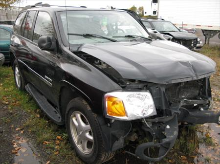 2006 GMC Envoy 4x4 For Parts
