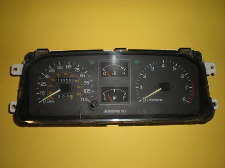 1990 Daihatsu Rocky Instrument cluster