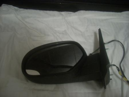 LT Side Mirror for an 07 Chevy K1500 Avalanche