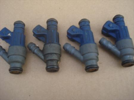 98-01 4 pcs Volkswagen jetta Fuel Injectors 0280155791 from wrecked car