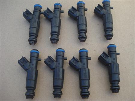 2005 CADILLAC DEVILLE 4.6L V8 INJECTOR Set of 8 Injectors
