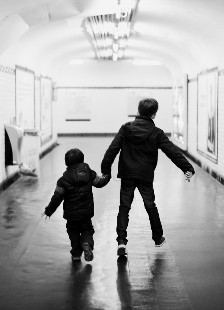 brothers in Paris metro