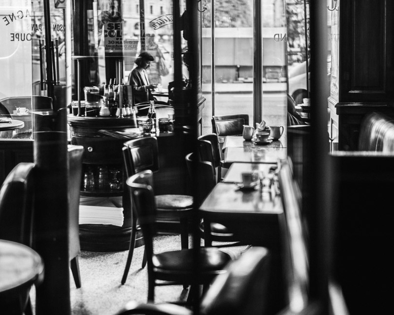 Paris cafe, Paris in black and white