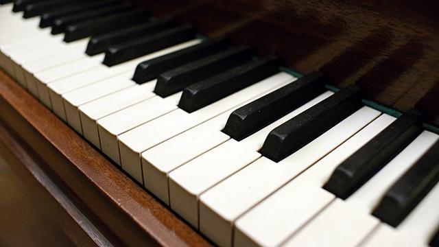 Baldwin Model M Baby Grand Piano 41754