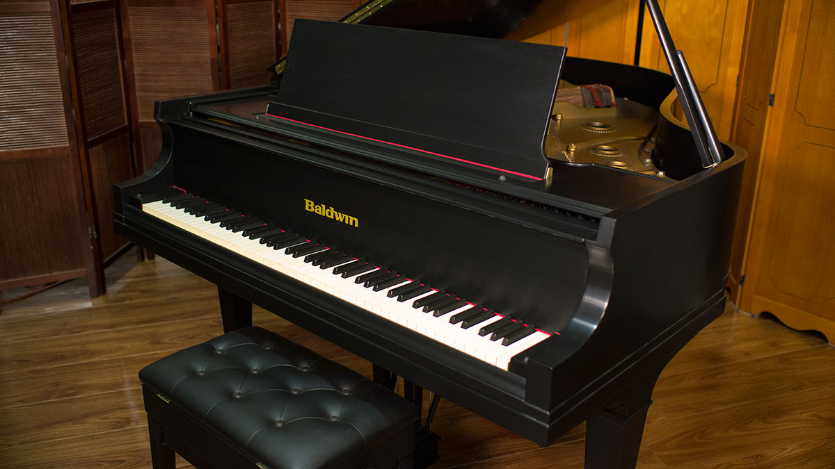 Baldwin artist grand piano model l 106592 for What size is a grand piano