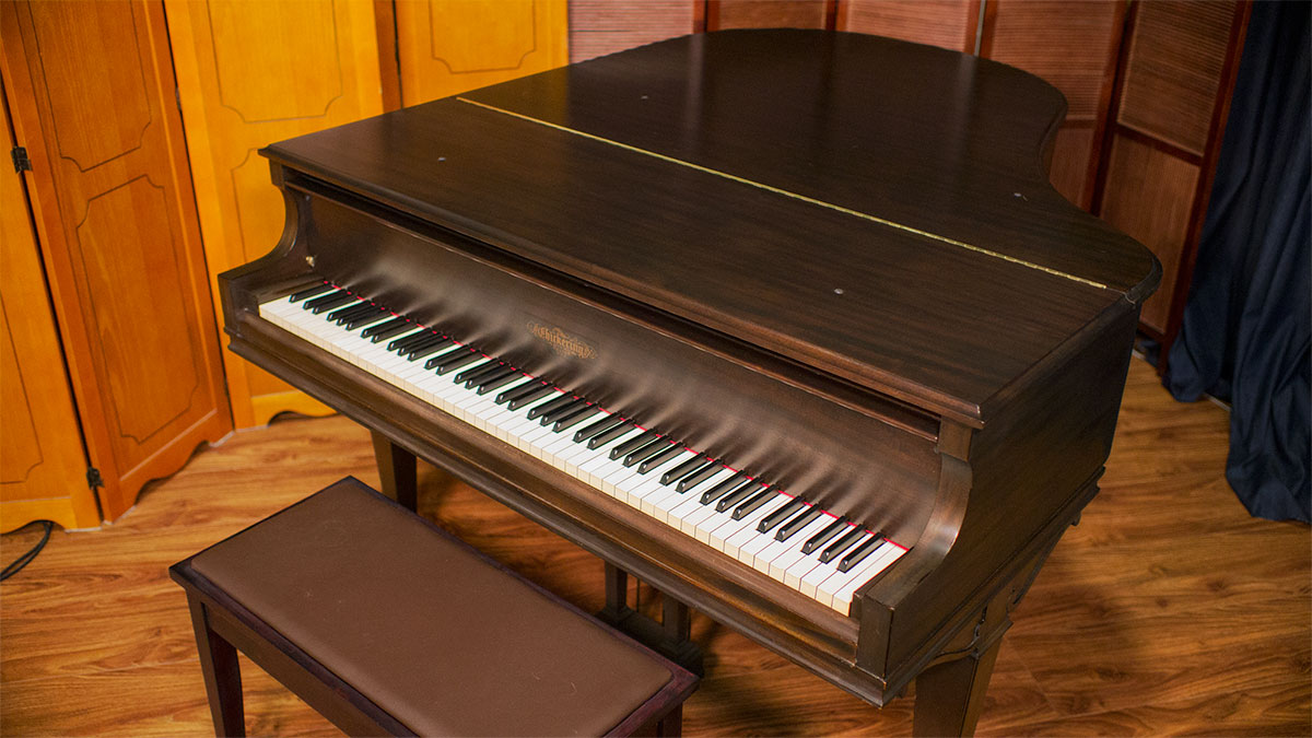 Chickering baby grand piano 155332 for What size is a baby grand piano