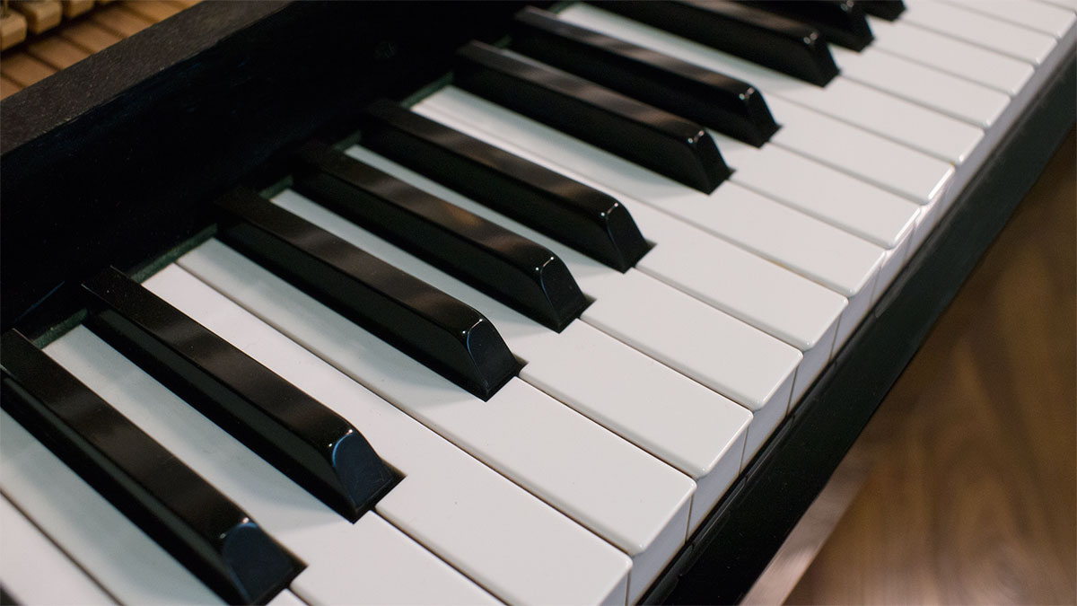 Kawai Upright Piano Cx 5 1783365