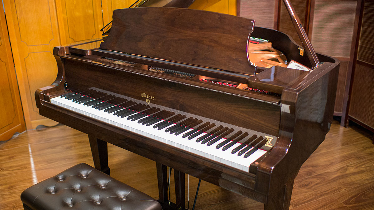 New weber w150 walnut baby grand piano for sale living for Size of baby grand piano