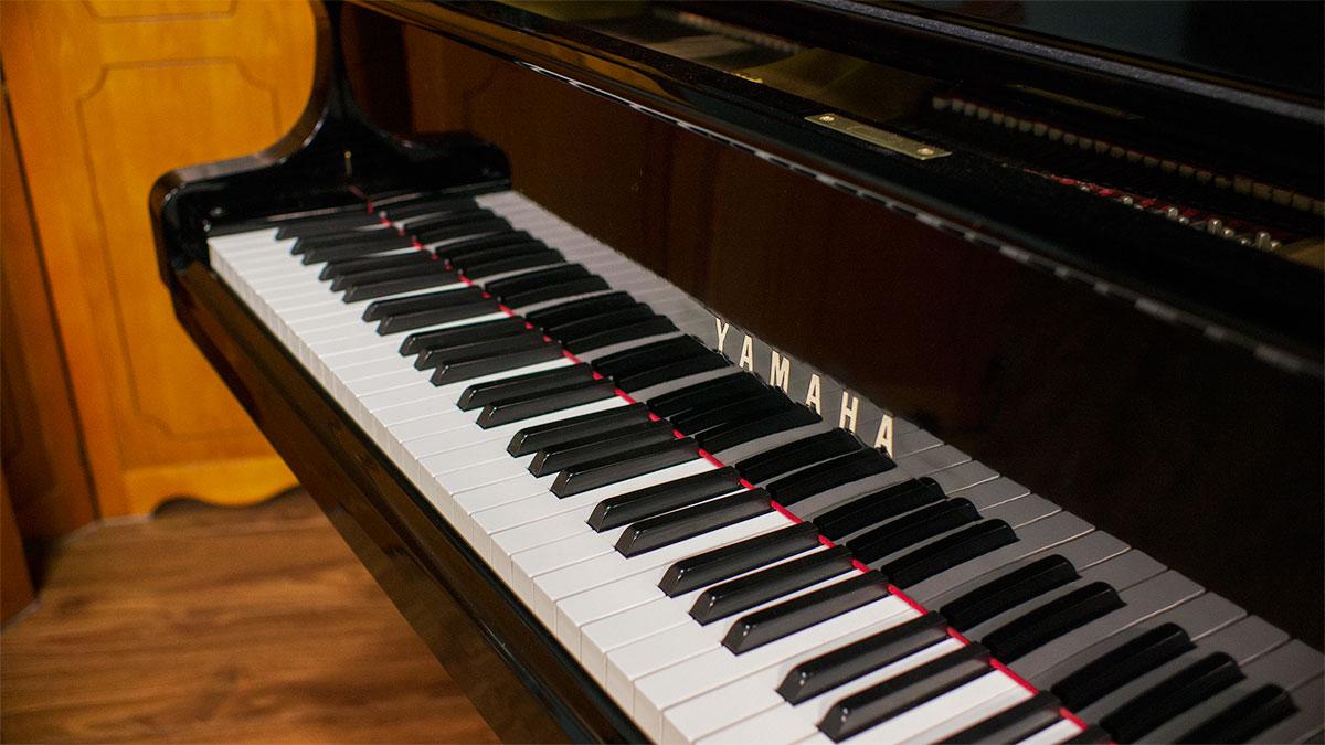 Used yamaha pianos for sale yamaha c3 grand piano for Yamaha piano los angeles