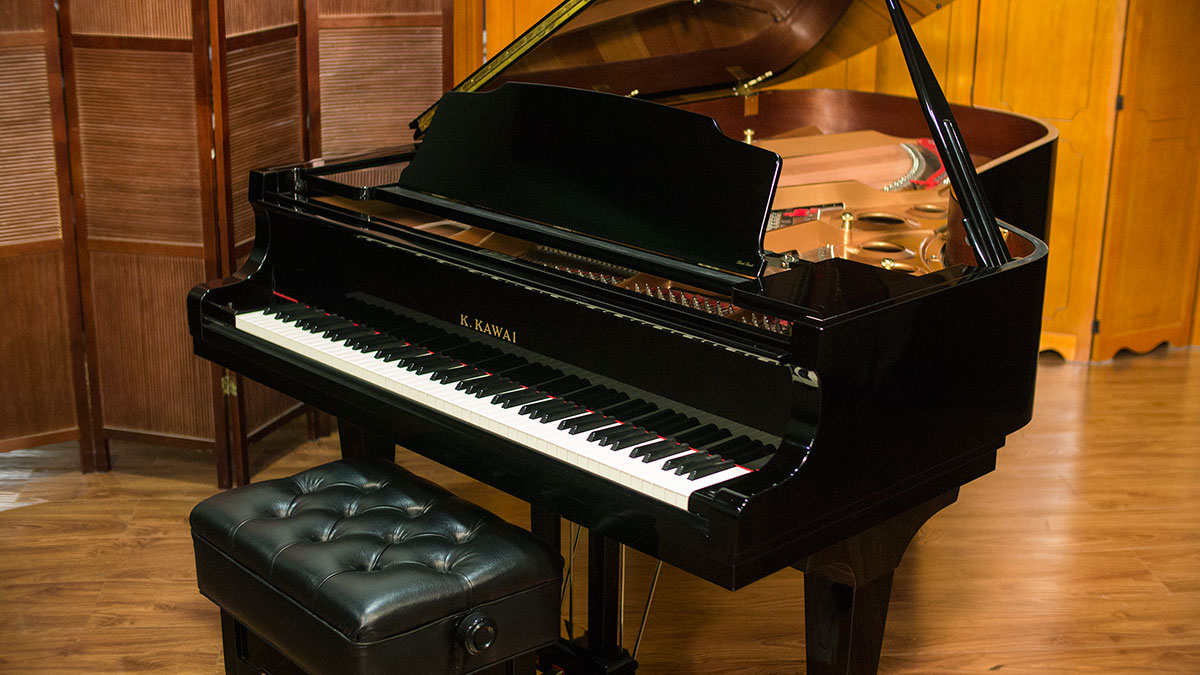 Kawai semi concert grand piano model gs 60 for sale for What size is a grand piano