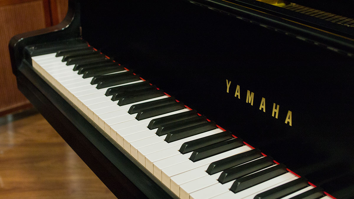 yamaha baby grand piano model gh1 living pianos online