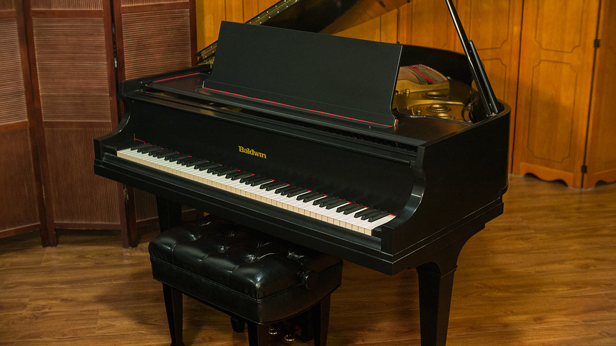 Baldwin model m artist series grand piano for sale for What size is a baby grand piano