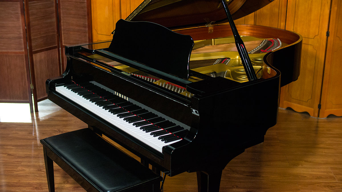 Yamaha c5 grand piano for sale online piano store for Yamaha piano denver