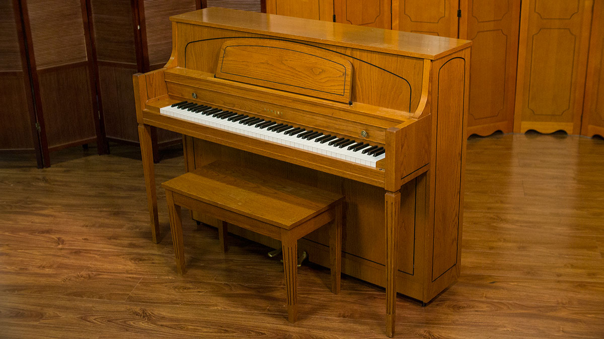 Yamaha console piano for sale model m450 tao living pianos for Yamaha console piano prices