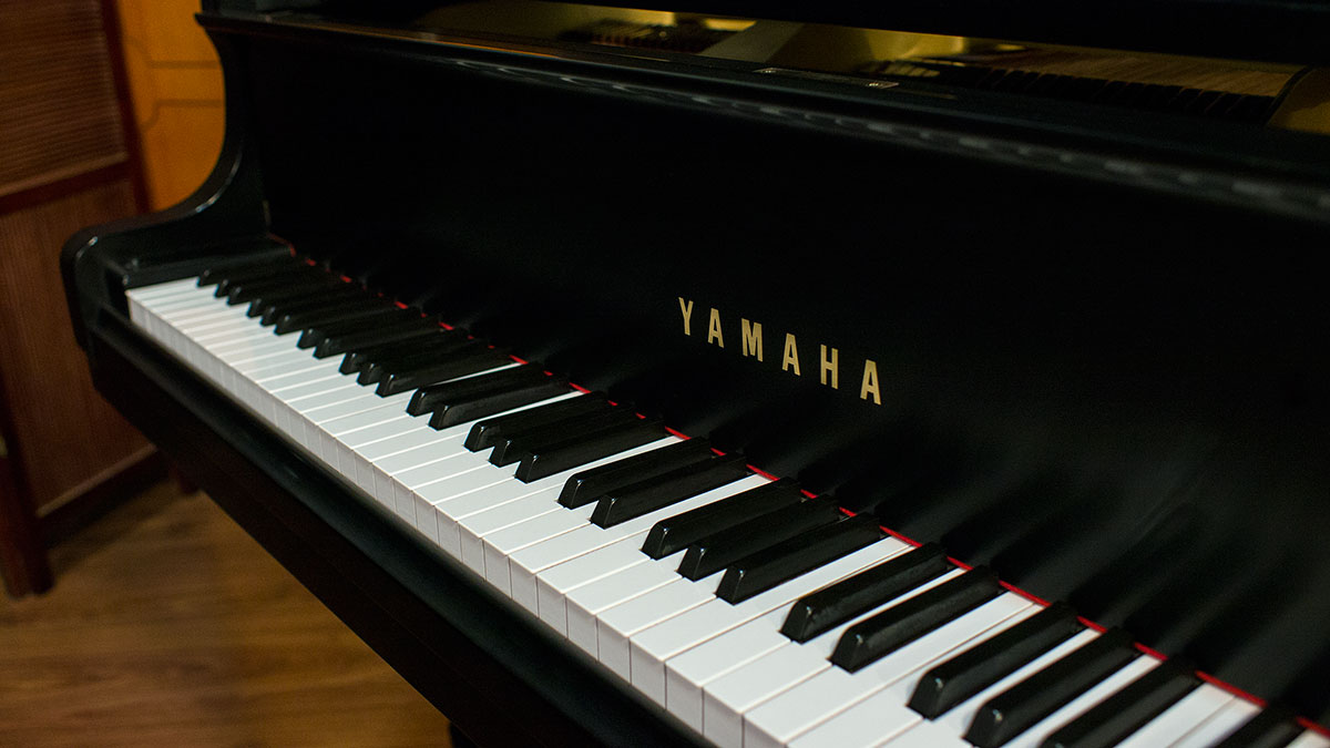 Yamaha model g1 baby grand piano for sale online piano store for Yamaha keyboard models
