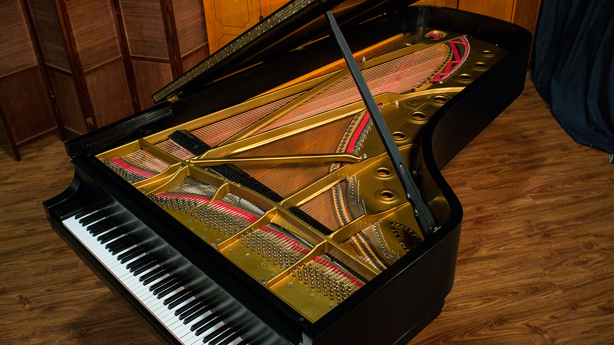 Steinway Concert Grand Piano Model D 402534