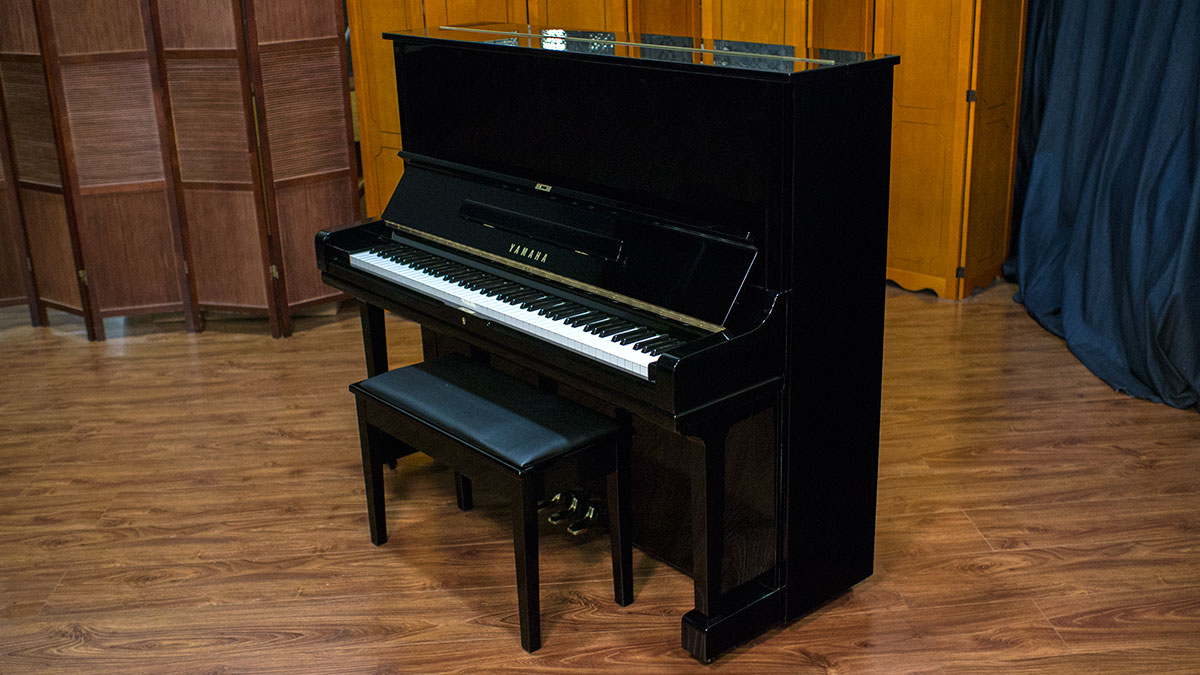 Yamaha u3 professional upright piano 1569923 for Yamaha u1 professional upright piano