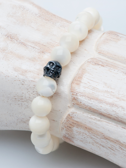Precious Skully Stretch Bracelet in Mother of Pearl