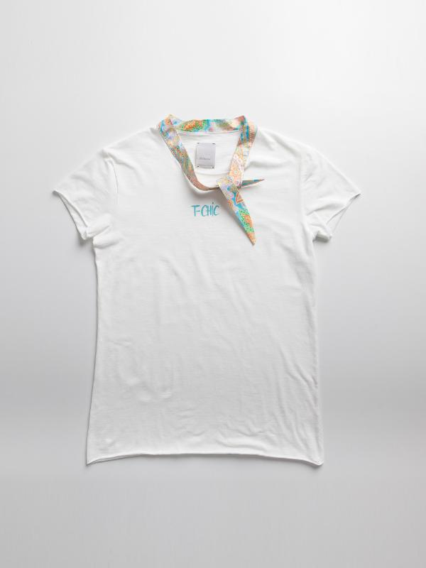 Fri:Haend T-shirt Look 19