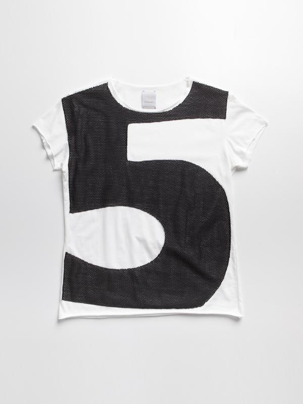 Fri:Haend T-shirt Look 20