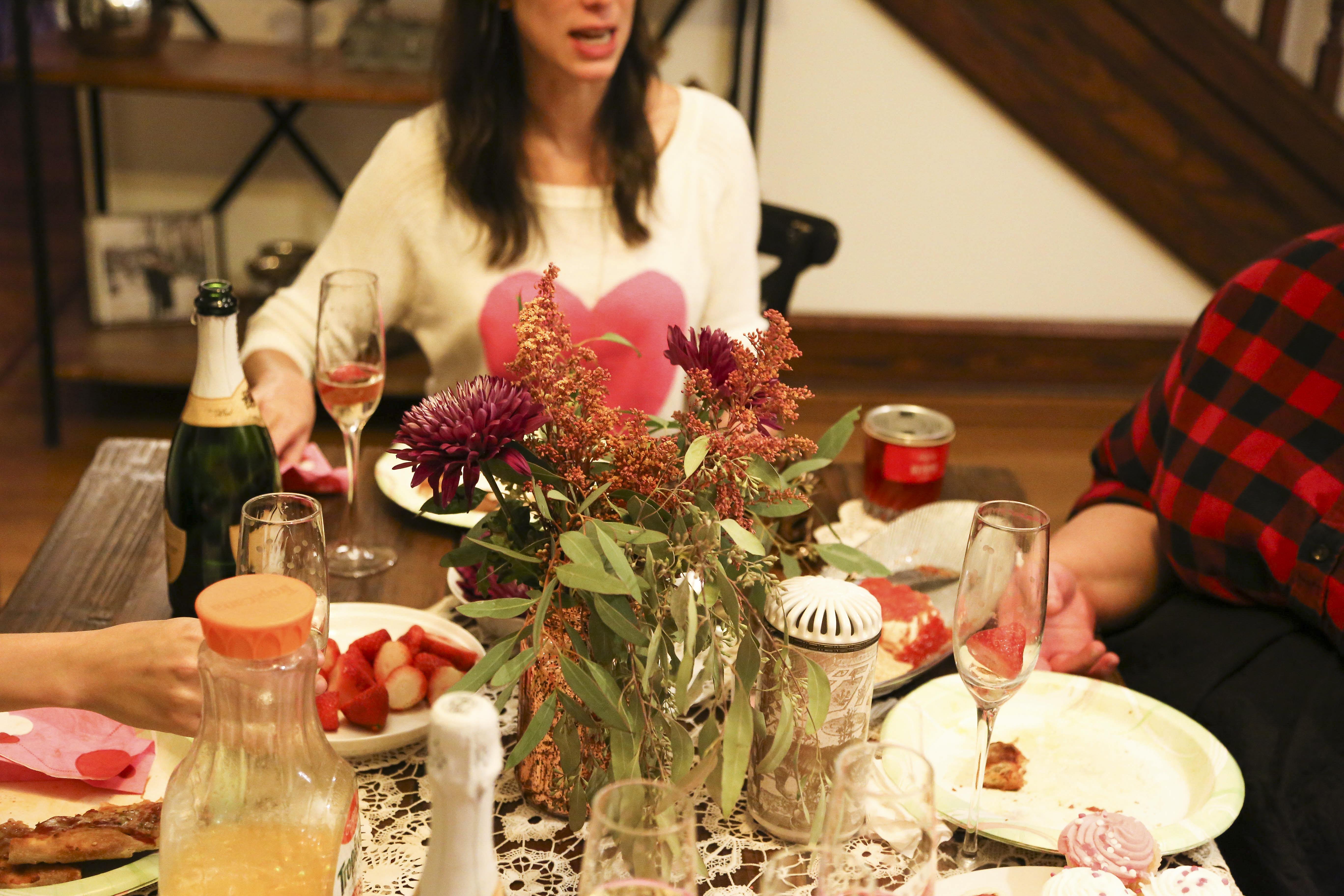 Valentine's Day flower arrangement // Nations Photo Lab Galentine's Day party